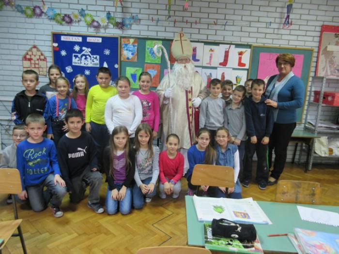 Osnovna Skola August Cesarec Ivankovo Foto Galerija