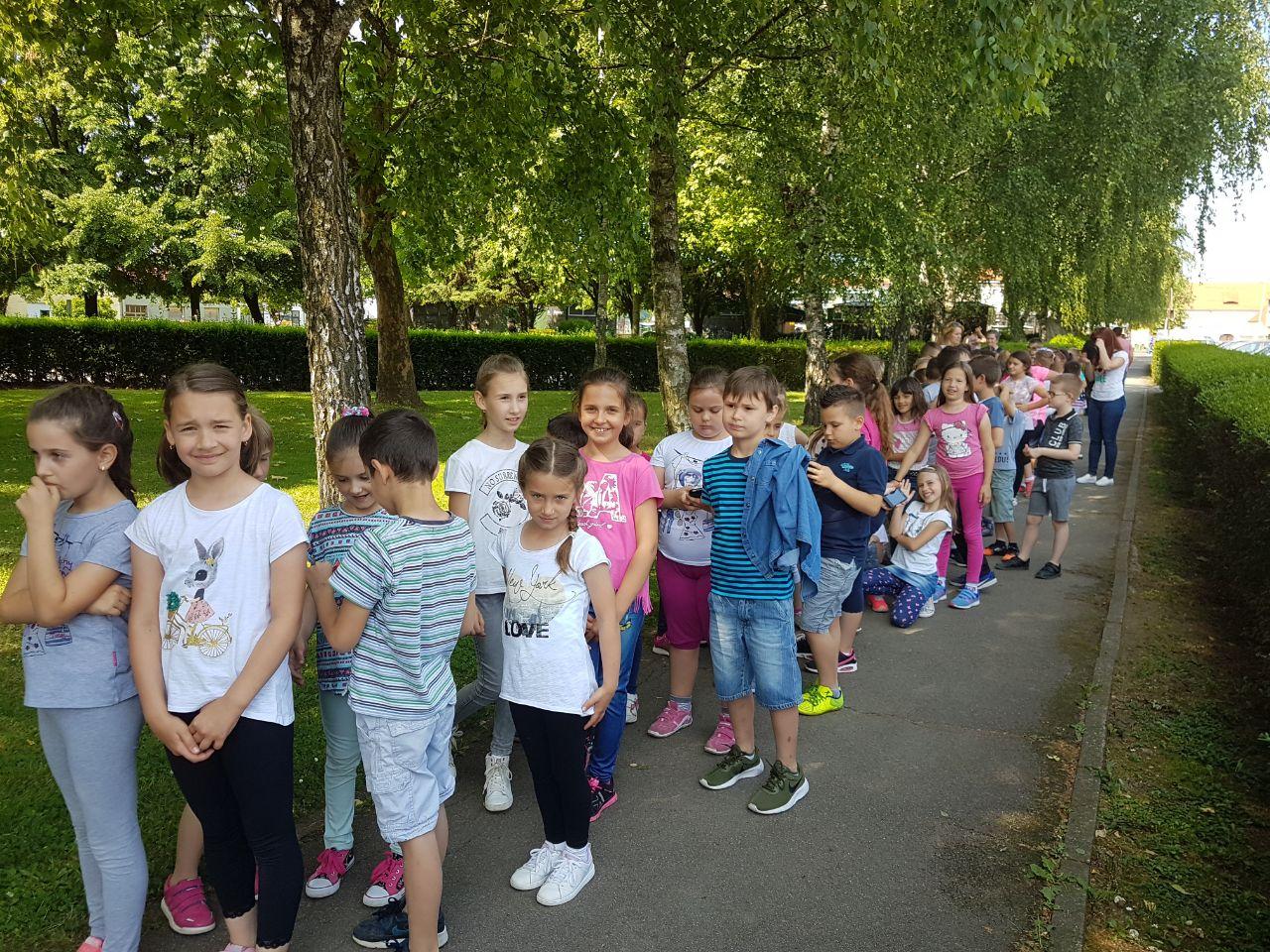 Osnovna Skola August Cesarec Ivankovo Naslovnica